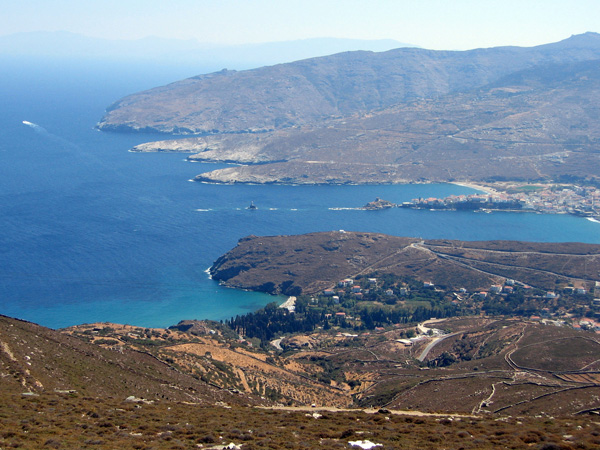 Aspects d'Andros, l'île la plus septentrionale des Cyclades, 2006.