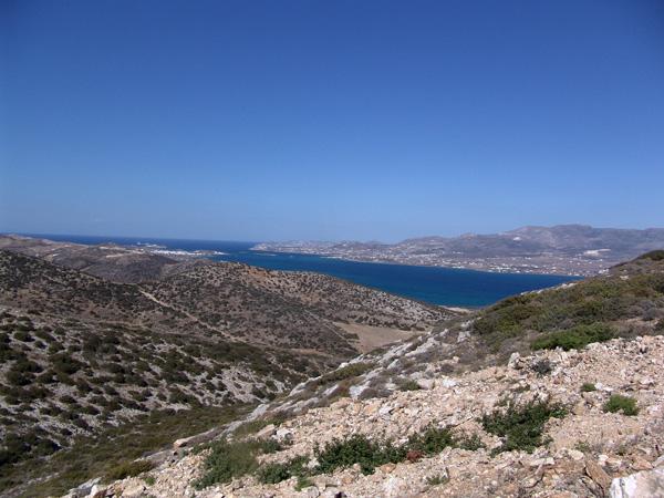 Paysage d'Antiparos, l'île soeur de Paros, 2007.