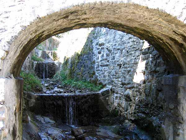 Lavaux: quelque part dans le bas du village d'Epesses...
