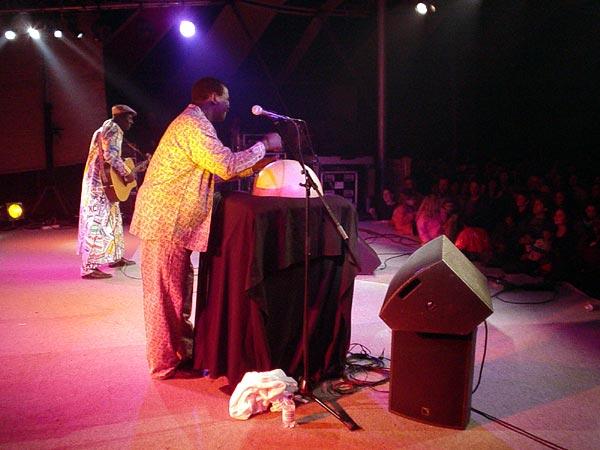 World Music Festiv'Alpe, Château-d'Oex: Boubacar Traoré, samedi 10 août 2002.