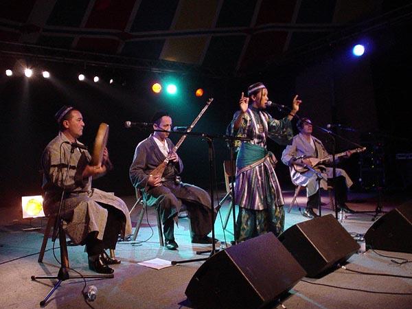 World Music Festiv'Alpe, Château-d'Oex: Sevara Nazarkhan, vendredi 9 août 2002.