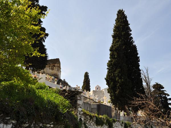 Kéa, Cyclades, avril 2012. Balade vers le Lion de Kéa, une des plus anciennes sculptures monumentales de Grèce.