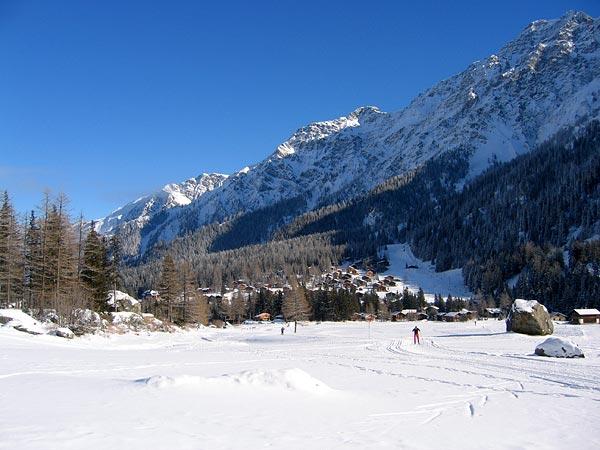 Sur les pistes de ski de fond de La Fouly, au Val Ferret (Valais)...