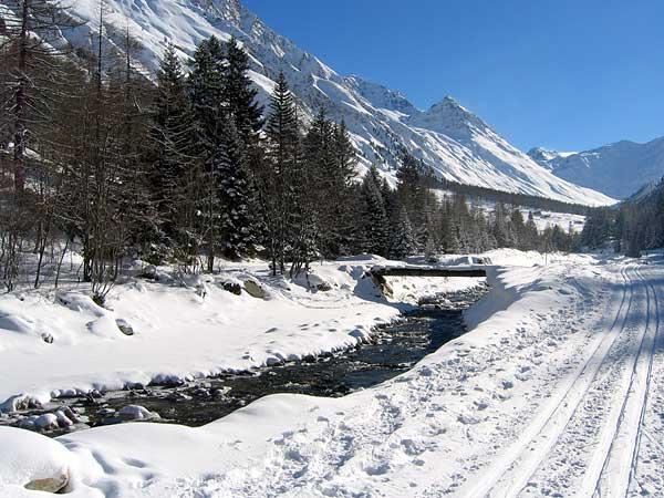 Val Ferret (Valais): un extraordinaire domaine de ski de fond à La Fouly, dans une nature sauvage bien préservée...