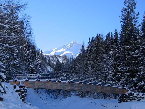 Vision hivernale au Val Ferret (Valais), quelque part entre La Fouly et Ferret...