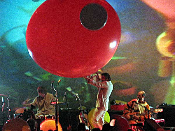 Montreux Jazz Festival 2003: The Flaming Lips, July 8, Miles Davis Hall