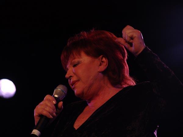 Montreux Jazz Festival 2004: Régine, Hommage à Edith Piaf, July 11, Casino Barrière