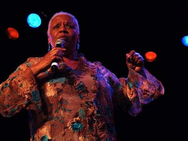 Montreux Jazz Festival 2004: Barbara Morrison, Hommage à Edith Piaf, July 11, Casino Barrière
