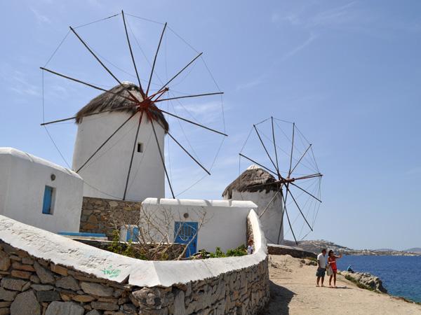 Aspects de Mykonos, l'île la plus jet-set des Cyclades, 2010.