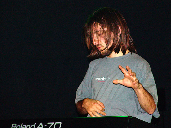 Greg's Groove Band, Montreux Drums Festival, Ned - Montreux Music Club, Saturday, October 30, 2004.