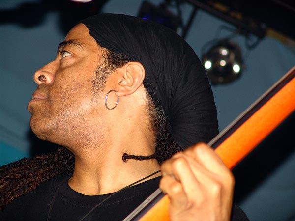 Doug Wimbish (Living Colour), Ned - Montreux Music Club, vendredi 5 novembre 2004.
