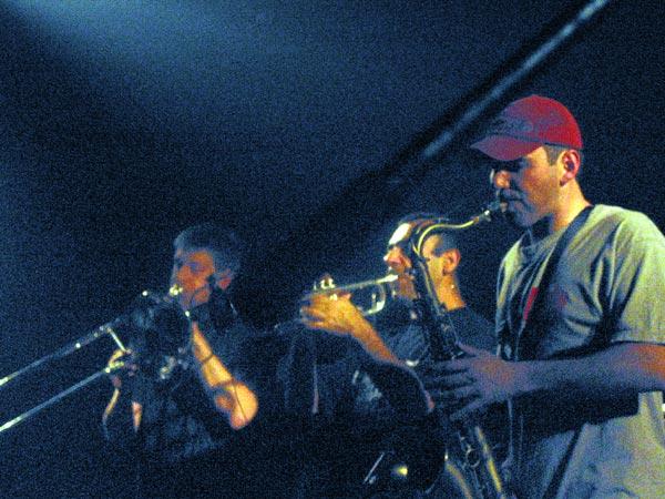 La Ruda Salska, Ned - Montreux Music Club, dimanche 28 avril 2002