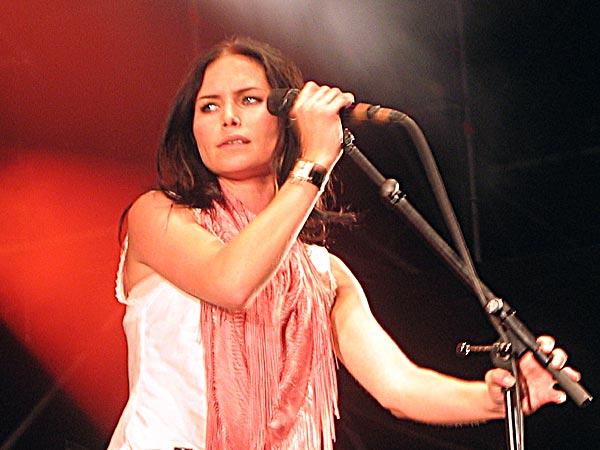 Paléo Festival 2003: The Cardigans, July 25, Grande Scène