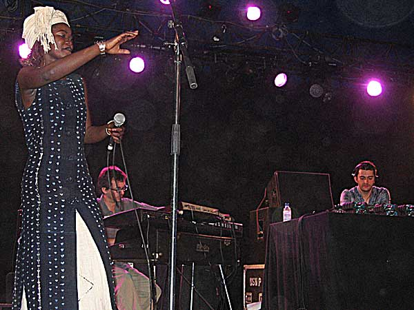 Paléo Festival 2003: Frédéric Galliano & the African Divas, July 23, Le Dôme