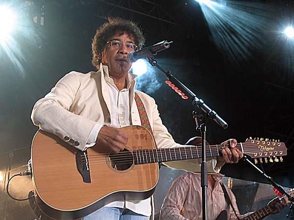 Paléo Festival 2003: Laurent Voulzy, July 24, Grande Scène
