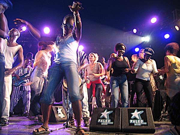 Paléo Festival 2003: Salif Keita, July 24, Le Dôme