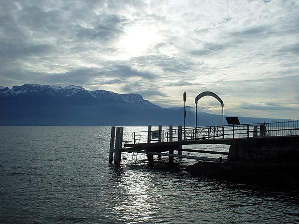 Lavaux: l'embarcadère de Rivaz.