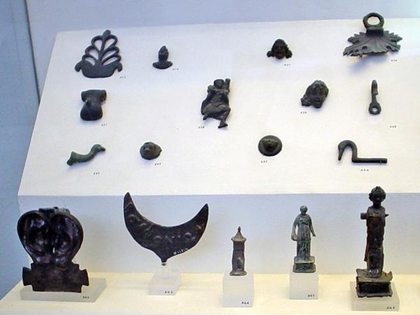 Délos, l'île sacrée de la Grèce antique, juin 2003.