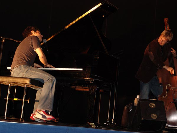 Montreux Jazz Festival 2004: Jamie Cullum, April 22, concert at the Press Conference