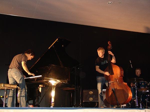 Montreux Jazz Festival 2004: Jamie Cullum, April 22, concert at the Press Conference