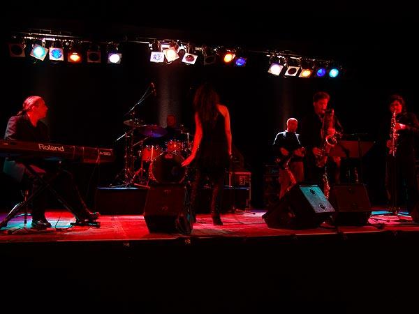 Atmosphère, Ned Montreux, Fête du 10e anniversaire et inauguration de la Grande Salle, 13 novembre 2004.