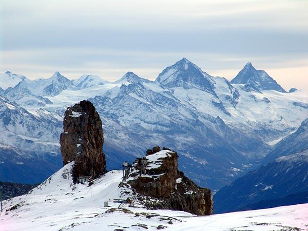 Glacier des Diablerets, vue sur la Quille du Diable, 28 novembre 2004.