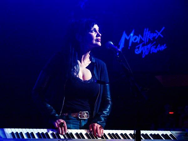 Montreux Jazz Festival 2005: Natasha Shneider (Queens of the Stone Age), July 2, Miles Davis Hall