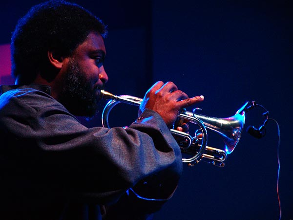 Montreux Jazz Festival 2005: Graham Haynes (Will Calhoun's Aza), July 3, Miles Davis Hall