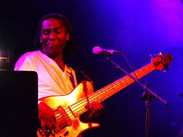 Montreux Jazz Festival 2005: Richard Bona (Steps Ahead), July 4, 2005, Casino Barrière