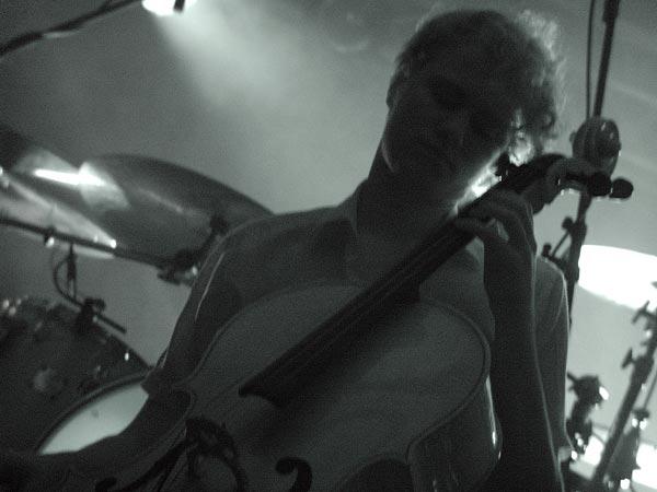 Under Byen, pop céleste d'avant-garde au World Music Festival d'Oron, samedi 30 juillet 2005.
