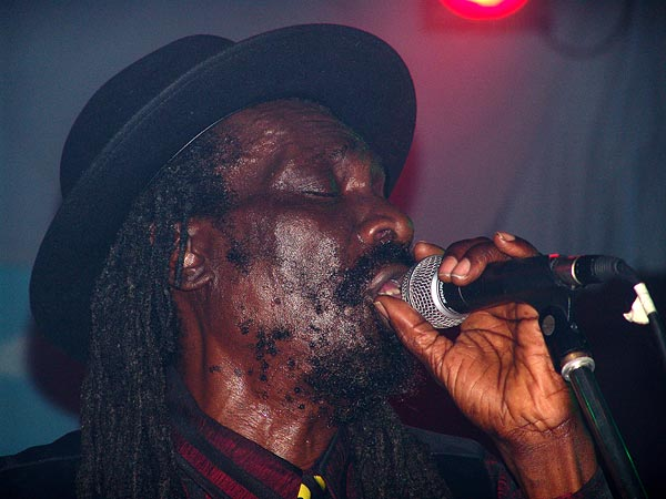 Culture feat. Joseph Hill, Ned - Montreux Music Club, dimanche 13 novembre 2005.