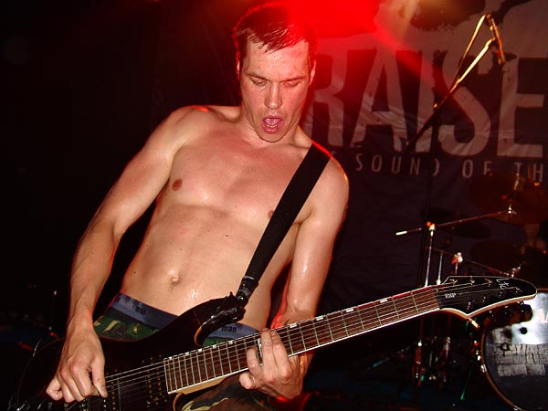 Raised Fist, Ned - Montreux Music Club, Hardcore Night, dimanche 14 mai 2006.