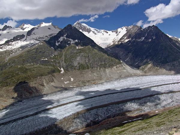 Glacier d'Aletsch, juin 2006. Le plus grand glacier des Alpes, dans le Haut-Valais, au-dessus de Bettmeralp.