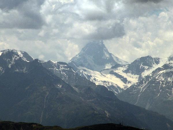 Zoom sur le Cervin depuis le Glacier d'Aletsch, juin 2006.