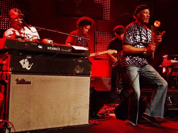 Montreux Jazz Festival 2006: The Neville Brothers, Santana's My Blues Is Deep, Auditorium Stravinski, July 10