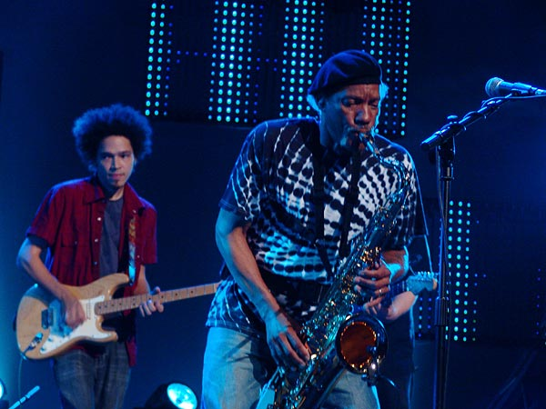 Montreux Jazz Festival 2006: The Neville Brothers, Santana's My Blues Is Deep, Auditorium Stravinski, July 10