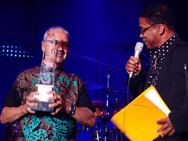 Montreux Jazz Festival 2006: Artists for Peace Award 2006 for Claude Nobs, Auditorium Stravinski, July 12