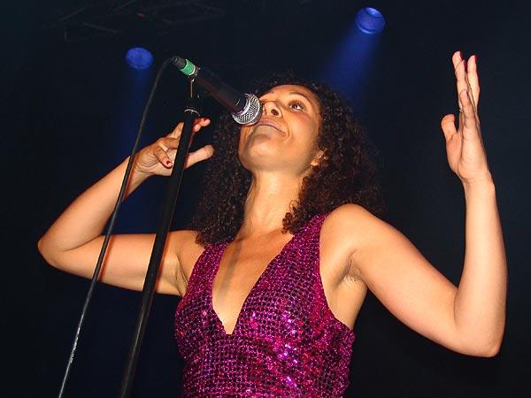 Brico Jardin, concert-vernissage nouvel album «L'Etrange Affaire de la Jeune Fille sans Yeux», Usine à Gaz Nyon, vendredi 13 octobre 2006.