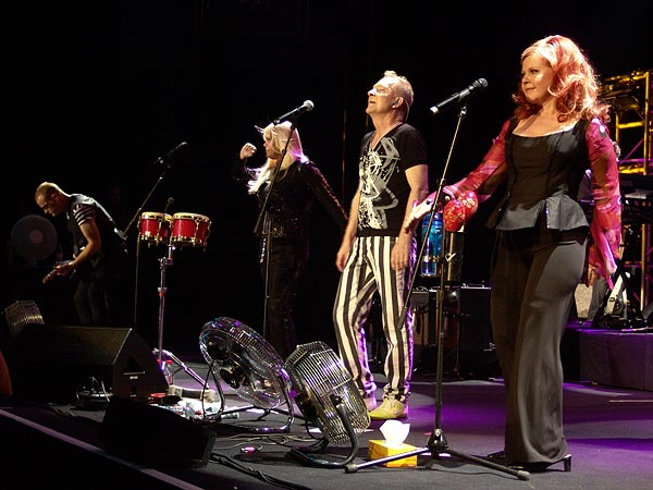 Montreux Jazz Festival 2007: The B52s, July 19, Auditorium Stravinski