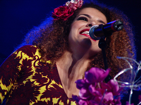 Paléo Festival 2008: Vanessa de Mata, Dôme, mardi 22 juillet 2008.