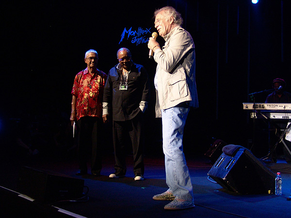 Montreux Jazz Festival 2009, Tribute to Chris Blackwell: Claude Nobs, Quincy Jones & Chris Blackwell, founder of Island Records, just before Third World, July 10, Auditorium Stravinski.