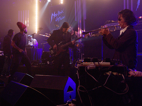 Montreux Jazz Festival 2009, Tribute to Chris Blackwell: Bill Laswell's Method of Defiance, July 12, Miles Davis Hall. Bill Laswell bass, Bernie Worrell keyboards, Dr Israel vocals, Hawk vocals, Toshinori Kondo trumpet, Guy Licata drums, DJ Krush turntables.