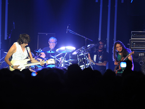 Montreux Jazz Festival 2009: Jeff Beck, July 17, Miles Davis Hall. Jeff Beck guitar, Tal Wilkenfeld bass, Jason Rebello keyboards, Vinnie Colaiuta drums.