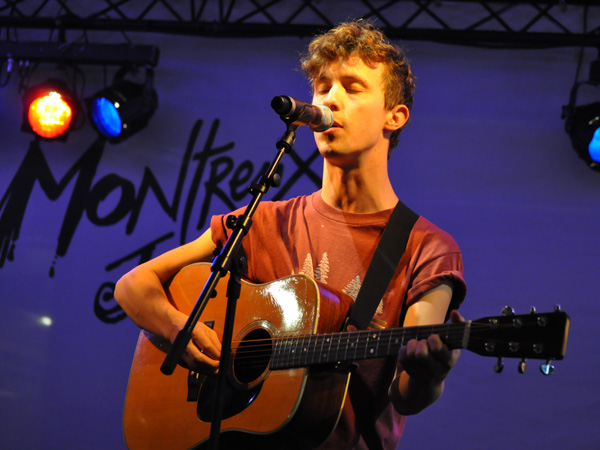 Montreux Jazz Festival 2010: Fanfarlo (folk pop rock from UK), July 3, Showcase at RSR Stage.