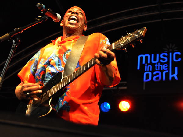 Montreux Jazz Festival 2010: Larry Woodley (soul music from USA), July 9, Music in the Park (Parc Vernex).