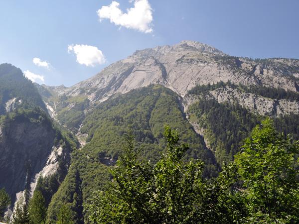 Sur la route de Derborence, au Valais, août 2010.