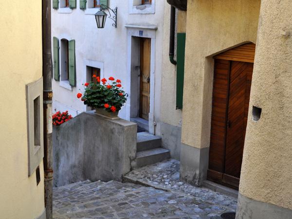 Vieille ville de Montreux, dimanche 3 octobre 2010.