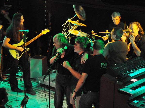 Gens de la Lune (France), Prog'Résiste Convention, Spirit of 66, Verviers (Belgium), Saturday, October 9, 2010. Le nouveau groupe de Francis Décamps (Ange).