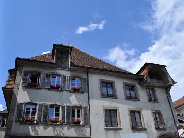 Cité médiévale d'Estavayer-le-Lac, région des Trois-Lacs, 22 mai 2011.