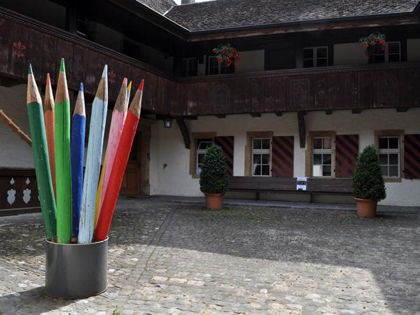 Balade à Cerlier (Erlach), à l'extrémité ouest du lac de Bienne. Région des Trois-Lacs, 3 juin 2011.